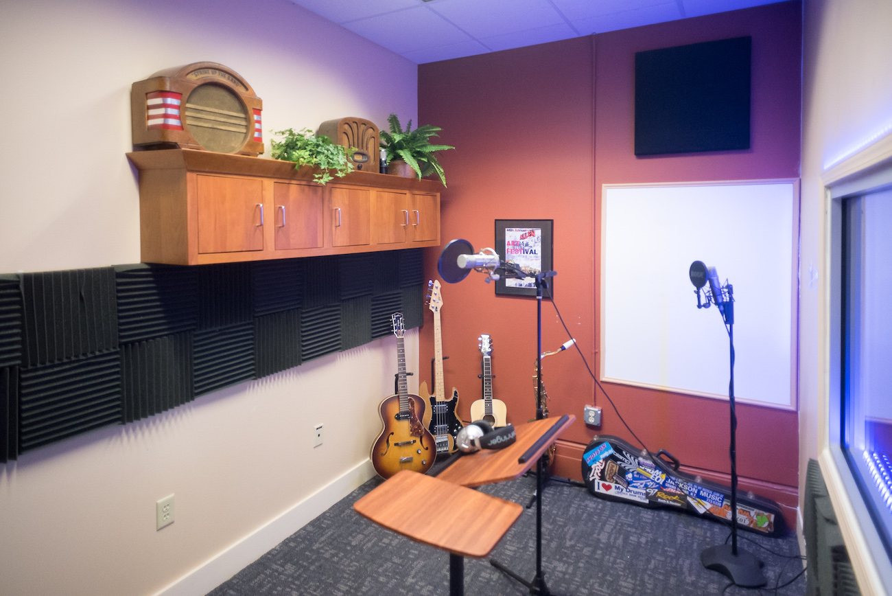 Sound proof recording room